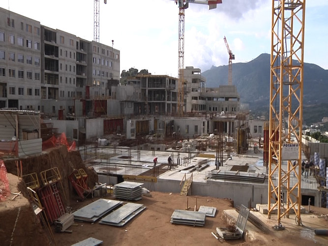 Ajaccio visite de chantier du futur h pital alta frequenza for Visite de chantier
