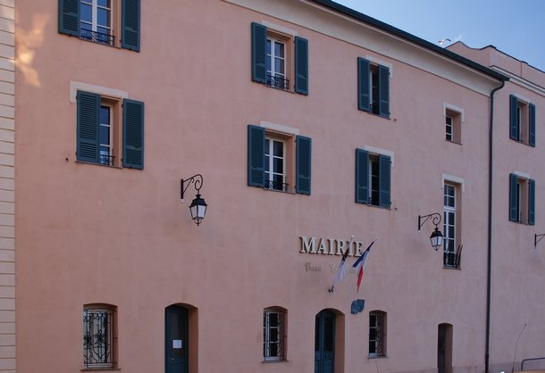 Annulation des municipales de l 39 ile rousse installation - Grille indiciaire inspecteur des douanes ...