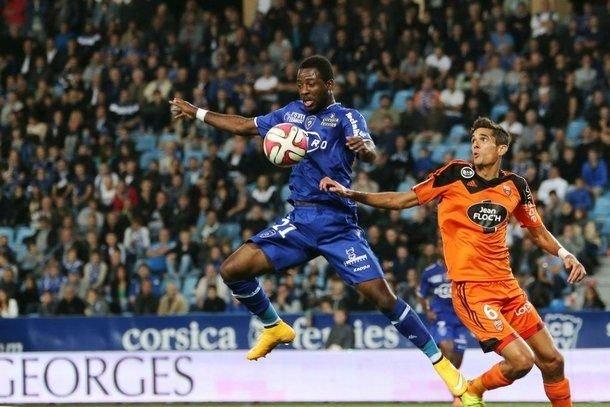 Football ligue 1 derby gagnant pour le sc bastia qui coupe les ailes de l 39 ogc nice 1 0 - Gagnant coupe de la ligue ...
