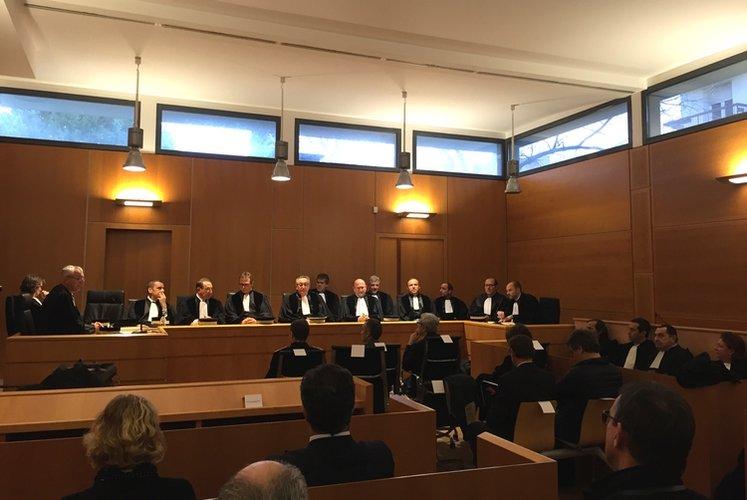 Rentr e du tribunal de commerce d 39 ajaccio situation for Chambre de commerce ajaccio