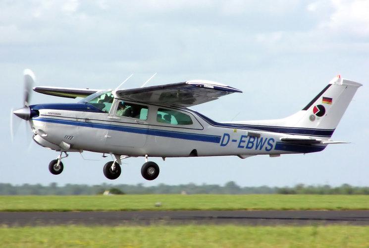 petit avion de tourisme