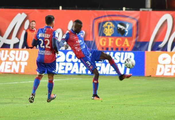 Ligue 2: Brest et Ajaccio mettent la pression, Lens retrouve le sourire